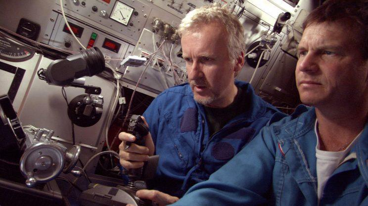 James Cameron and Bill Paxton in <em>Ghosts of the Abyss</em>. (Photo: Everett Collection)