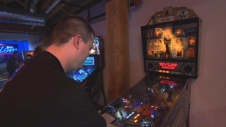 'One with the machine': Pop-up pinball expo brings excitement of arcades back to Winnipeg