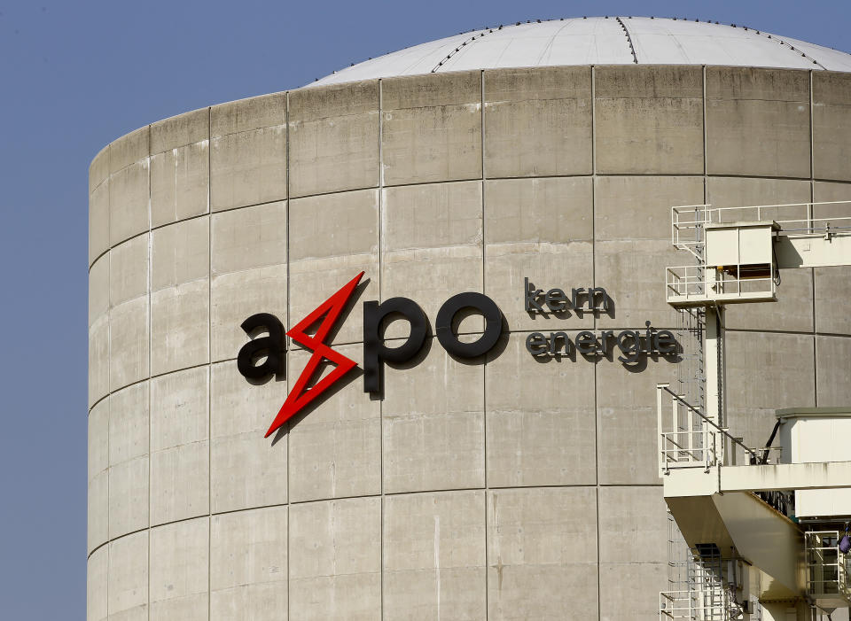 Swiss Axpo to open Singapore office to expand LNG trading in Asia