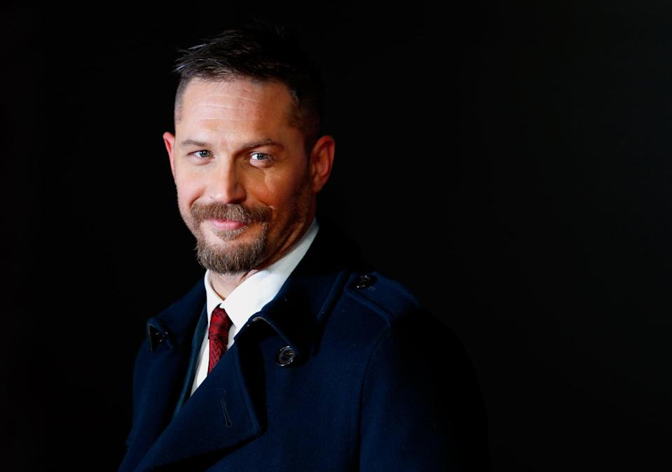 LONDON, UNITED KINGDOM - JANUARY 14: (EMBARGOED FOR PUBLICATION IN UK NEWSPAPERS UNTIL 48 HOURS AFTER CREATE DATE AND TIME) Tom Hardy attends the UK Premiere of 'The Revenant' at the Empire Leicester Square on January 14, 2016 in London, England. (Photo by Max Mumby/Indigo/Getty Images)