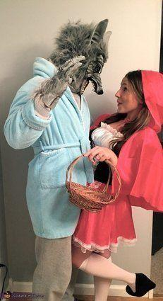 """Vía <a href=""""http://www.costume-works.com/costumes_for_couples/little-red-riding-hood-n-the-big-bad-wolf.html"""" target=""""_blank"""">Costume-Works.com</a>"""