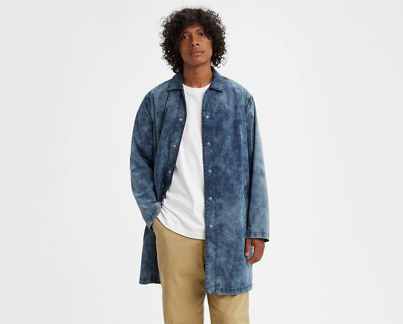 """<p><strong>Levi's Made & Crafted</strong></p><p>levi.com</p><p><strong>$168.99</strong></p><p><a href=""""https://go.redirectingat.com?id=74968X1596630&url=https%3A%2F%2Fwww.levi.com%2FUS%2Fen_US%2Fapparel%2Fclothing%2Ftops%2Fdrop-shoulder-mackintosh%2Fp%2F845720000&sref=https%3A%2F%2Fwww.esquire.com%2Fstyle%2Fmens-fashion%2Fg32945302%2Flevis-summer-sale%2F"""" rel=""""nofollow noopener"""" target=""""_blank"""" data-ylk=""""slk:Buy"""" class=""""link rapid-noclick-resp"""">Buy</a></p><p>The indigo-dyed Mackintosh coat you should be reaching for every rainy day this fall. </p>"""