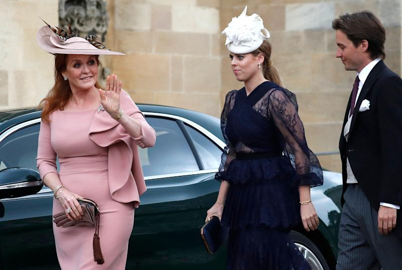 WINDSOR, ENGLAND - MAY 18: Sarah Ferguson, Duchess of York, Princess Beatrice of York and Edoardo Mapelli Mozzi arrive ahead of the wedding of Lady Gabriella Windsor and Thomas Kingston at St George's Chapel on May 18, 2019 in Windsor, England. (Photo by Frank Augstein - WPA Pool/Getty Images)