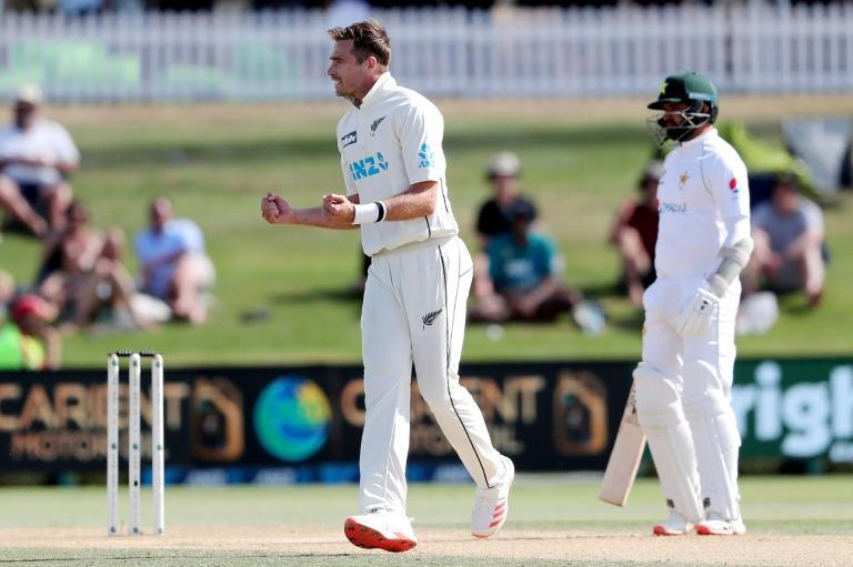Tim Southee (C) became the third New Zealand bowler to take 300 Test wickets