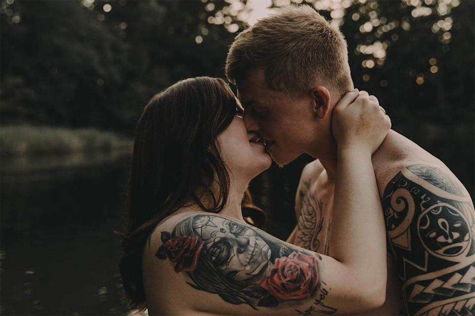 Stephanie and Arynn went viral for their steamy photo shoot. (Facebook/Wolf & Rose Photography)
