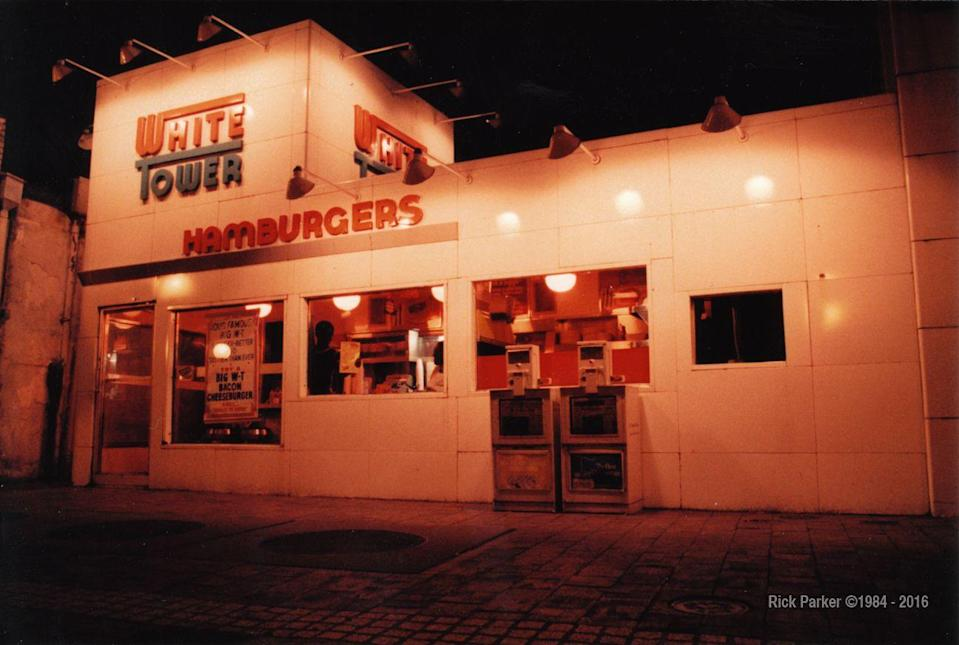 <p>We're calling BS! White Tower, which closed officially in 2004, was literally a White Castle rip-off. In fact, the décor was so similar that the burger chains actually ended up in a lawsuit back in 1930s. White Castle won the legal battle and White Tower had to change its vibe. Guess we know how that one turned out…</p>