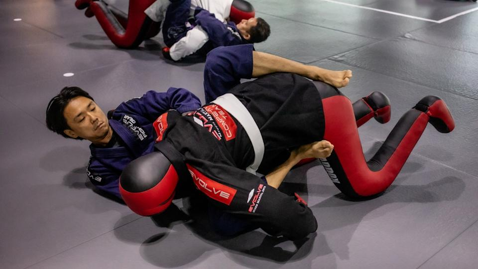 BJJ instills confidence in its practitioners. (PHOTO: Evolve MMA)