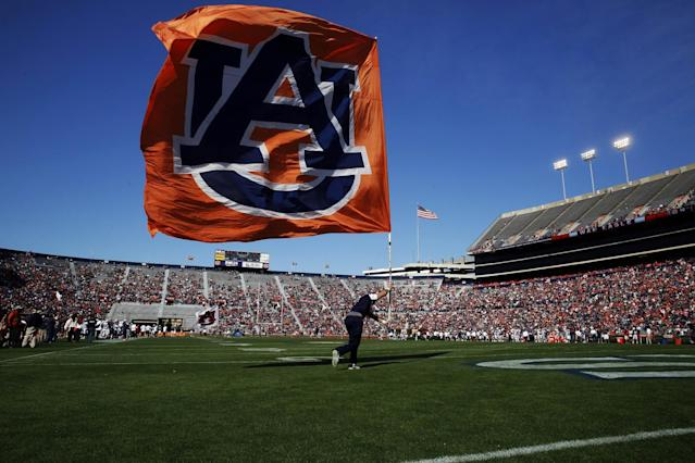 Miami Central High School offensive lineman Taurrian Stafford briefly thought he had an offer from Auburn. (AP)
