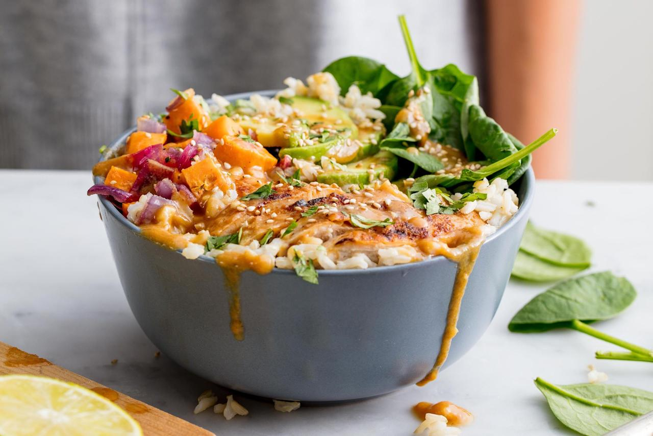 """<p>Hit the snooze button—these weekday work lunches are crazy quick to make, and taste so much better than that wimpy PB&J. From upgraded sandwiches and salads to soups you can prep ahead of time, we've got it all. Short on time for dinner, too? Check out these meals that are ready in <a href=""""/cooking/recipe-ideas/g2643/twenty-minute-meals-recipes/"""">25 minutes or less</a>.</p>"""