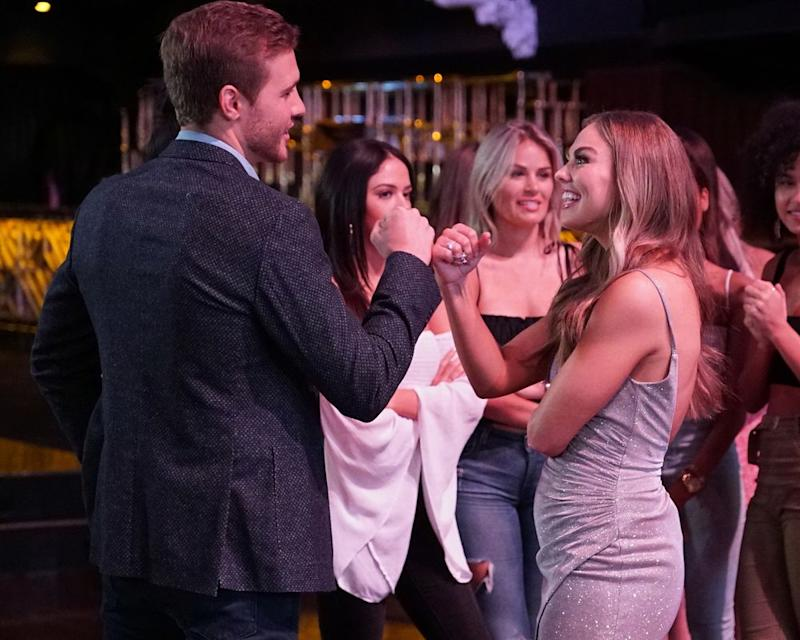 See Bachelor's Peter Weber Hilariously Break Up With Strangers