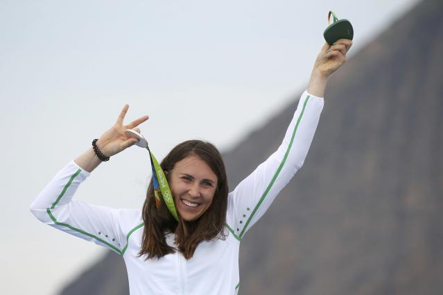 2016 Rio Olympics - Sailing - Victory Ceremony - Women's One Person Dinghy - Laser Radial - Victory Ceremony - Marina de Gloria - Rio de Janeiro, Brazil - 16/08/2016. Annalise Murphy (IRL) of Ireland poses with her medal. REUTERS/Benoit Tessier FOR EDITORIAL USE ONLY. NOT FOR SALE FOR MARKETING OR ADVERTISING CAMPAIGNS.