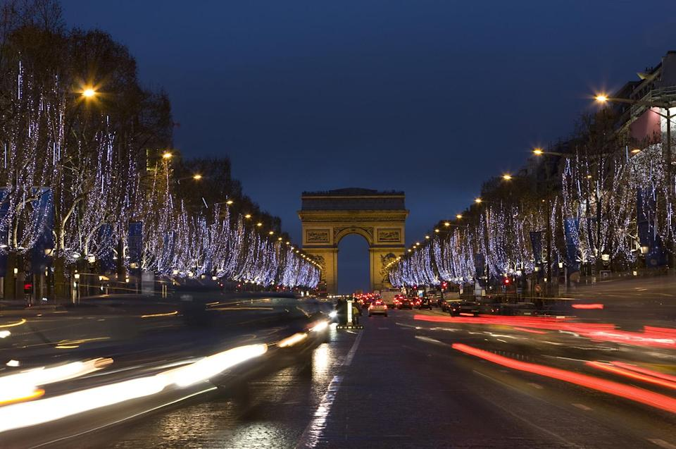 Every year, it's a Parisian tradition for the City of Lights to organize a ceremony to launch its Champs-Elysées Christmas lights.