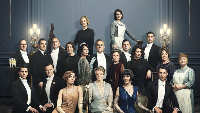 Downton Abbey's back: Fans get a glimpse of the cast in movie poster