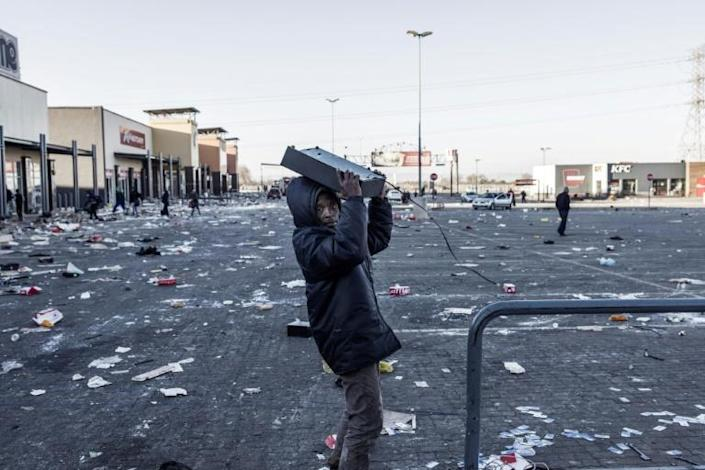 Understaffed and heavily reliant on private security companies, police were rapidly overwhelmed when riots and looting first flared last week