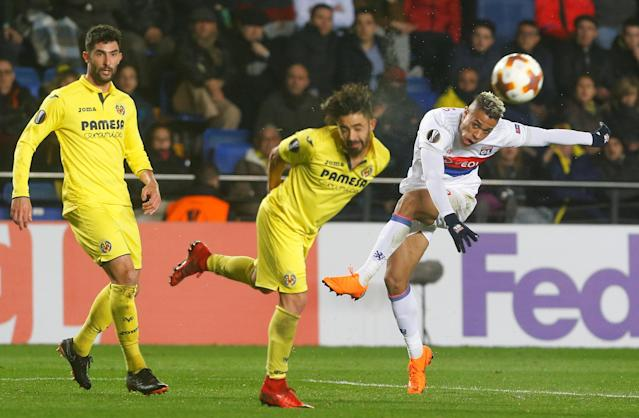 Soccer Football - Europa League Round of 32 Second Leg - Villarreal vs Olympique Lyonnais - Estadio de la Ceramica, Villarreal, Spain - February 22, 2018 Lyon's Mariano shoots at goal REUTERS/Heino Kalis