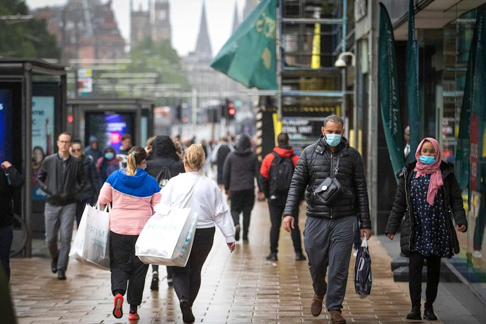 The social distancing rule will be relaxeed to one metre for sectors including retail (PA)