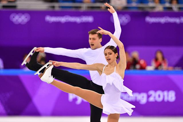 <p>Russia's Natalia Zabiiako and Russia's Alexander Enbert compete in the figure skating team event pair skating free skating during the Pyeongchang 2018 Winter Olympic Games at the Gangneung Ice Arena in Gangneung on February 11, 2018. / AFP PHOTO / Mladen ANTONOV </p>