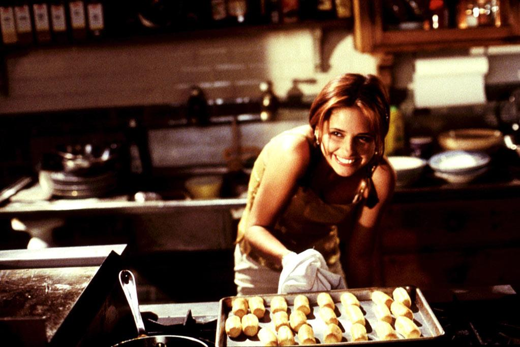 """DOWN — '<a href=""""http://movies.yahoo.com/movie/1800024574/info"""" target=""""_blank"""" rel=""""nofollow"""">Simply Irresistible</a>' (1999): During the course of """"<a href=""""/buffy-the-vampire-slayer/show/29309"""">Buffy</a>,"""" Gellar stepped out to make this romantic comedy, which was a light-hearted take on a chef who actually made magic in the kitchen. She floated around with Sean Patrick Flanery for a long time. It wasn't magical. At all. Thank goodness she still had her day job."""