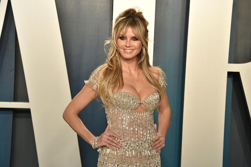 BEVERLY HILLS, CALIFORNIA - FEBRUARY 09: Heidi Klum attends the 2020 Vanity Fair Oscar Party at Wallis Annenberg Center for the Performing Arts on February 09, 2020 in Beverly Hills, California. (Photo by David Crotty/Patrick McMullan via Getty Images)