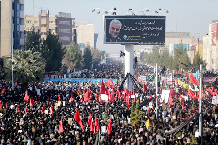 Iranian people attend a funeral procession and burial for Iranian Major-General Qassem Soleimani, head of the elite Quds Force, who was killed in an air strike at Baghdad airport, at his hometown in Kerman, Iran January 7, 2020. Mehdi Bolourian/Fars News Agency/WANA (West Asia News Agency) via REUTERS ATTENTION EDITORS - THIS IMAGE HAS BEEN SUPPLIED BY A THIRD PARTY