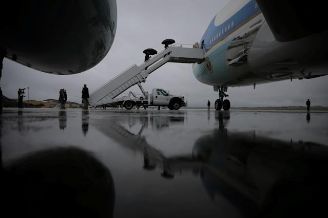 <p>President Donald Trump and first lady Melania Trump board Air Force One for travel to Texas to visit the areas devastated by Tropical Storm Harvey, the first major natural disaster of his White House tenure, from Joint Base Andrews, Md., Aug. 29, 2017. (Photo: Carlos Barria/Reuters) </p>