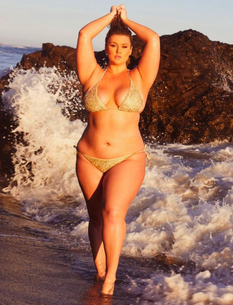 37433394378 Hunter McGrady Just Launched the Plus-Size Swim Collection You'll ...