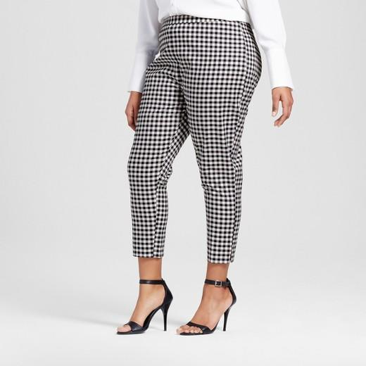 65a67b908b 14 plus-size pieces from Victoria Beckham x Target that will ...