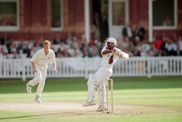 Sri Lankan cricketer Aravinda de Silva batting during his innnings of 112 for Kent against Lancashire at Lord's, London, 15th July 1995. (Photo by Shaun Botterill/Getty Images)