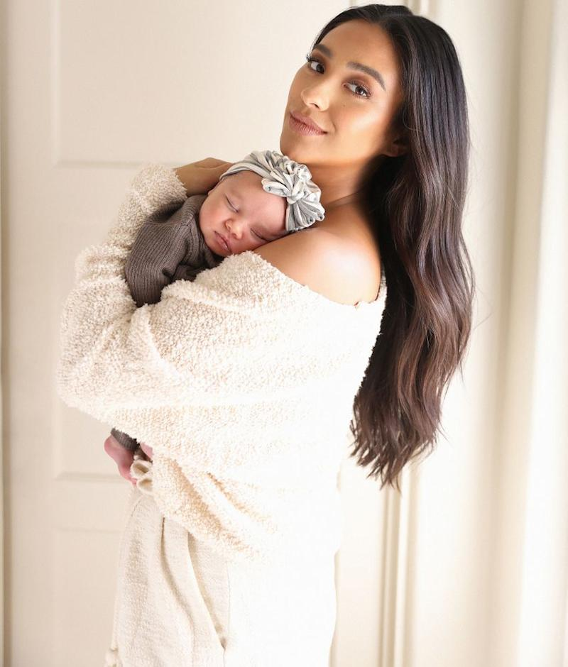 Shay Mitchell and daughter | Tierney Gearon