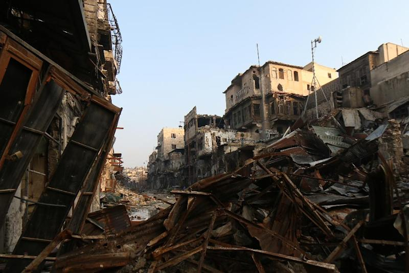 A heavily damaged street on the rebel-controlled side of the northern Syrian city of Aleppo (AFP Photo/Zein al-Rifai)