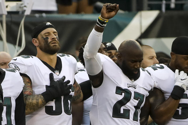 Chris Long Donates Salary From Six Games To Fund Scholarships In Charlottesville