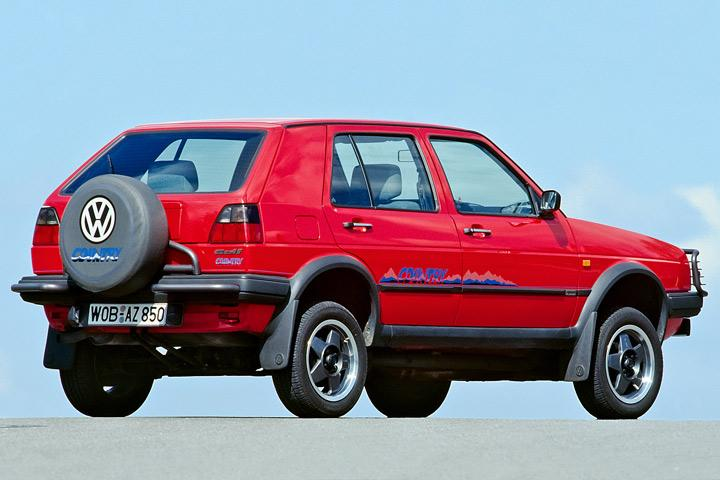 6 Classic Cars That Are Surprisingly Good Off Road