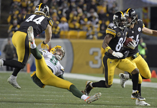 Pittsburgh's Antonio Brown (84) helped put the Packers on their backside. (AP)