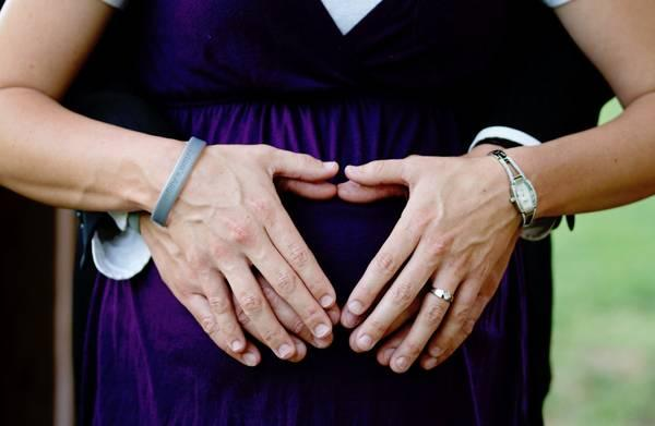 pregnanct lady with wife
