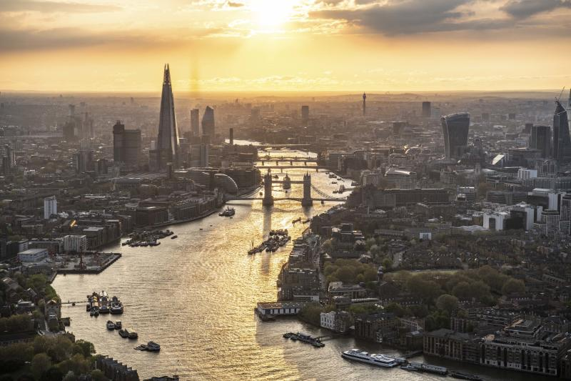 Sunset over London. Looking up the River Thames past Wapping to Tover Bridge, the Shard and the City of London. (Photo: Jason Hawkes/Caters News)