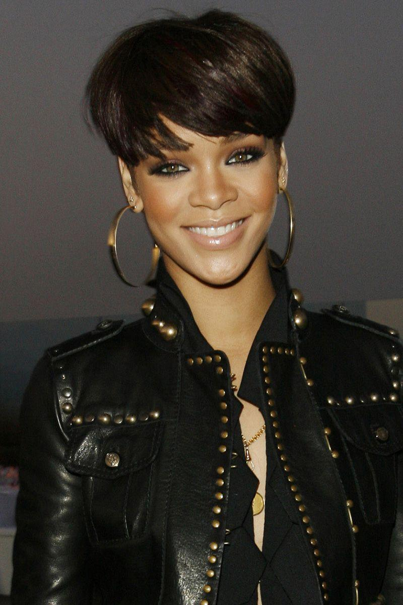 <p>Rihanna's pixie cut here is a little grown out, with her front layers sweeping across her forehead. </p>