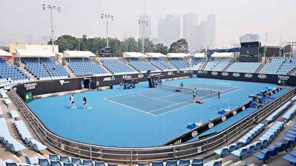 Australian Open Tennis Player Collapses In Coughing Fit Due To Thick Smoke From Wildfires