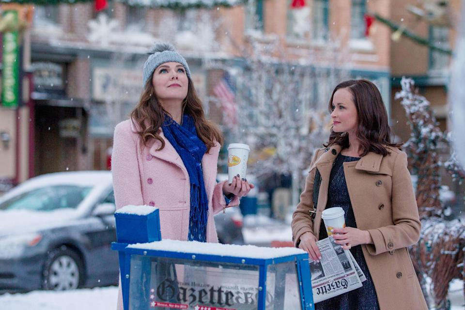 <em>Gilmore Girls: A Year in the Life</em>, Season 1, Episode 101. (Photo: Everett Collection)