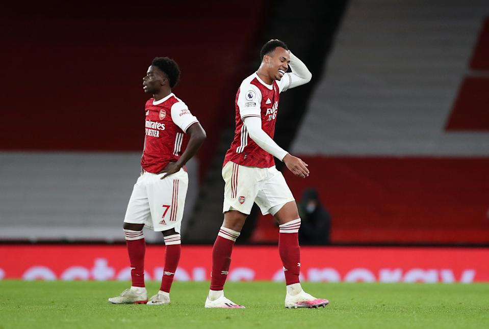 LONDON, ENGLAND - DECEMBER 16: Gabriel of Arsenal reacts as he walks off the pitch after being sent off for a second yellow card during the Premier League match between Arsenal and Southampton at Emirates Stadium on December 16, 2020 in London, England. The match will be played without fans, behind closed doors as a Covid-19 precaution. (Photo by Peter Cziborra - Pool/Getty Images)