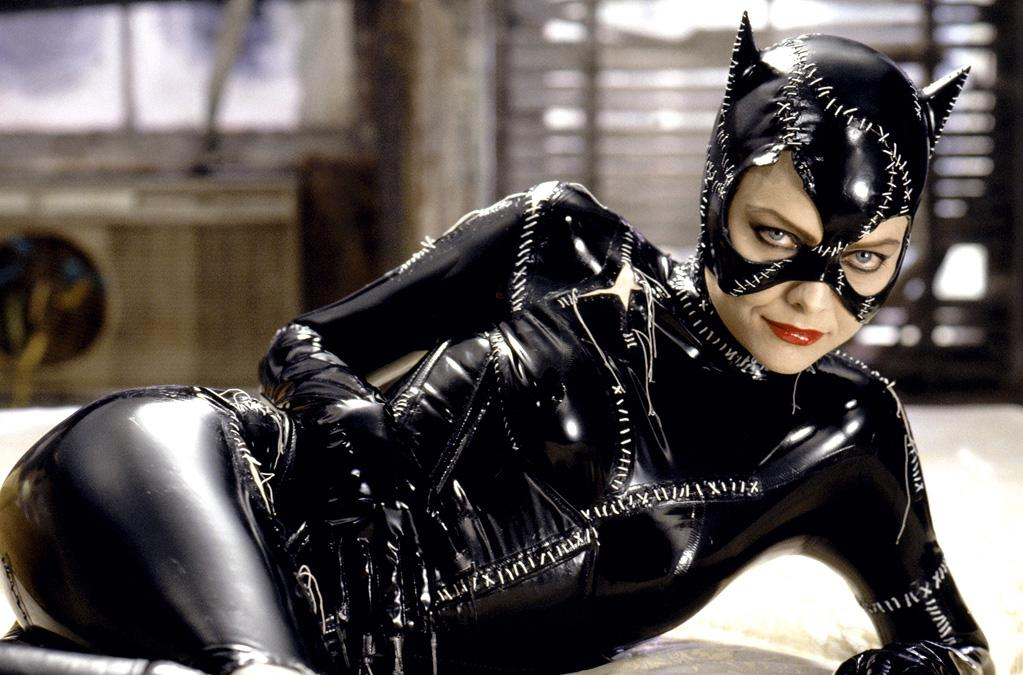 "CATWOMAN<br><a href=""http://movies.yahoo.com/movie/1800174173/info"">""Batman Returns</a>""<br>Grade: A+ <br>Now this is fetish wear done well. Simply put, it's the purrfect look for a lady on the prowl."