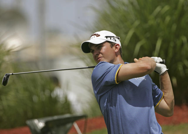 Ryan Blaum hits his drive on the 17th hole during the second round of the Puerto Rico Open, at the Trump International Golf Club, in Rio Grande, Puerto Rico, Friday, March 21, 2008. Blaum finished the second round at 9 under par. (AP Photo/Brennan Linsley)