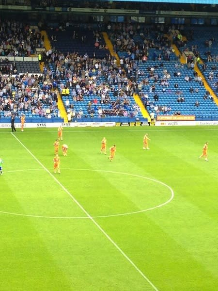 Millwall forced to start match in Sheffield Wednesday's old kit after failing to bring their own