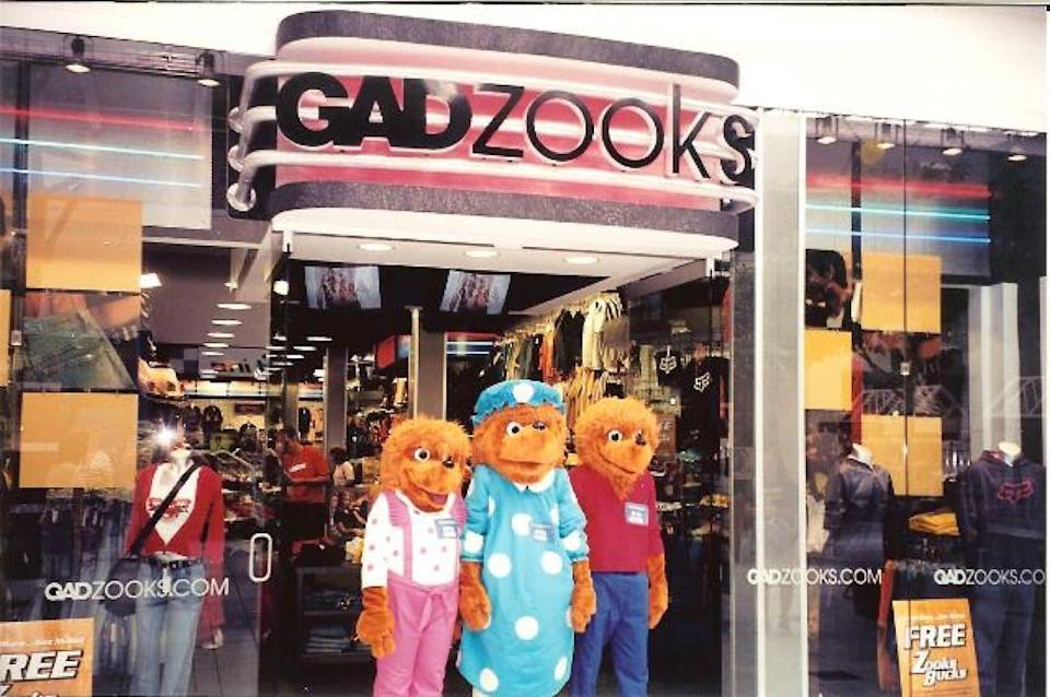 Gadzooks mall storefront with Berenstein Bears, an iconic 1990s store