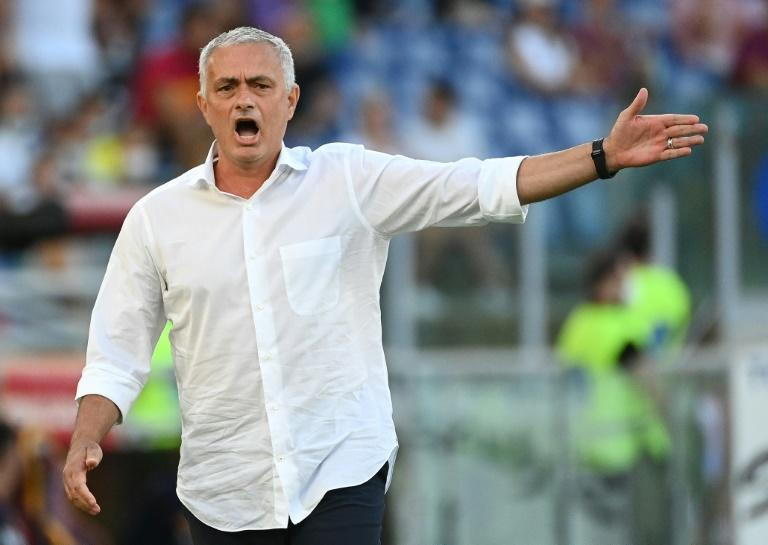Jose Mourinho has won his first three matches as Roma coach (AFP/VINCENZO PINTO)