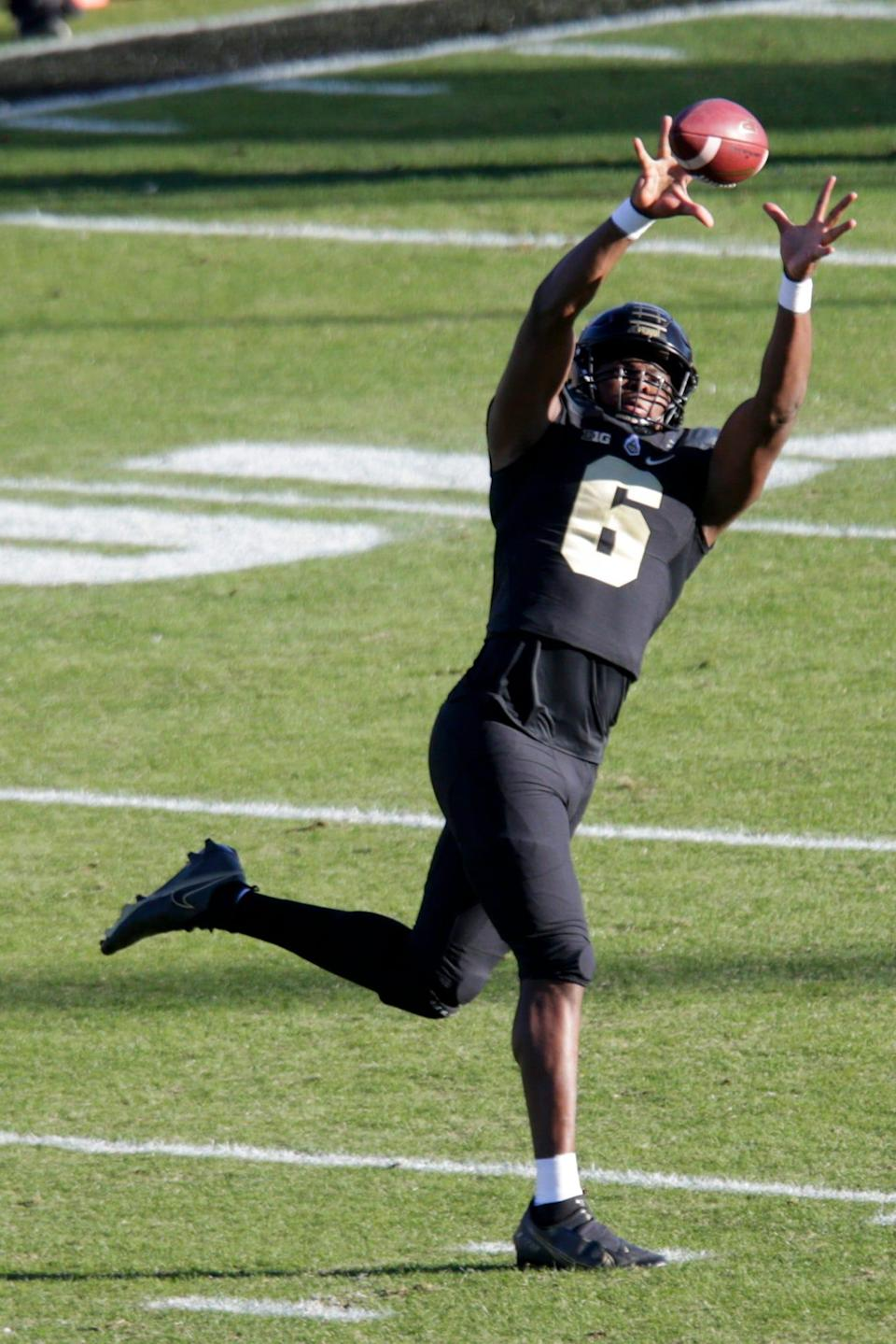 Purdue wide receiver Maliq Carr (6) warms up prior to the start of an NCAA college football game, Saturday, Nov. 28, 2020 at Ross-Ade Stadium in West Lafayette.