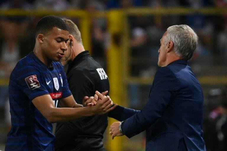 Kylian Mbappe started for France after the saga of his transfer to Real Madrid that didn't happen (AFP/FRANCK FIFE)