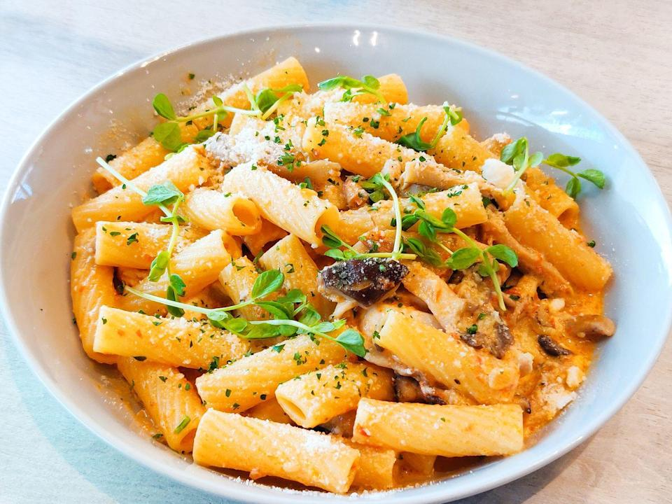 """<p><a href=""""https://www.delish.com/uk/cooking/recipes/a28960347/grilled-vegetable-rigatoni-recipe/"""" rel=""""nofollow noopener"""" target=""""_blank"""" data-ylk=""""slk:Rigatoni"""" class=""""link rapid-noclick-resp"""">Rigatoni</a> works well with just about all sauces. Plus, you can stuff them. Try our <a href=""""https://www.delish.com/uk/cooking/recipes/a28828728/stuffed-rigatoni/"""" rel=""""nofollow noopener"""" target=""""_blank"""" data-ylk=""""slk:Stuffed rigatoni"""" class=""""link rapid-noclick-resp"""">Stuffed rigatoni</a> recipe.</p>"""