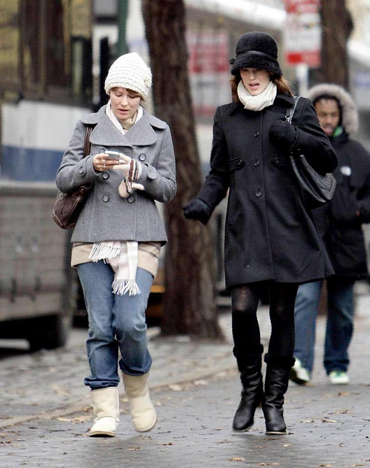 "Jennifer Garner's boots were made for walking. Her hat, however, was made to be stored in a deep, dark corner of a closet. AlphaX/<a href=""http://www.x17online.com"" target=""new"">X17 Online</a> - December 10, 2007"