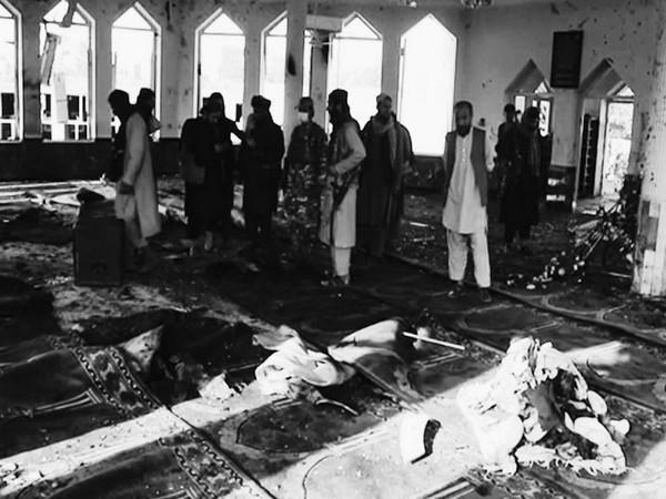 More than 100 people were killed after a blast in a Shia mosque in Afghanistan's northern Kunduz. (Image credit: TOLOnews)
