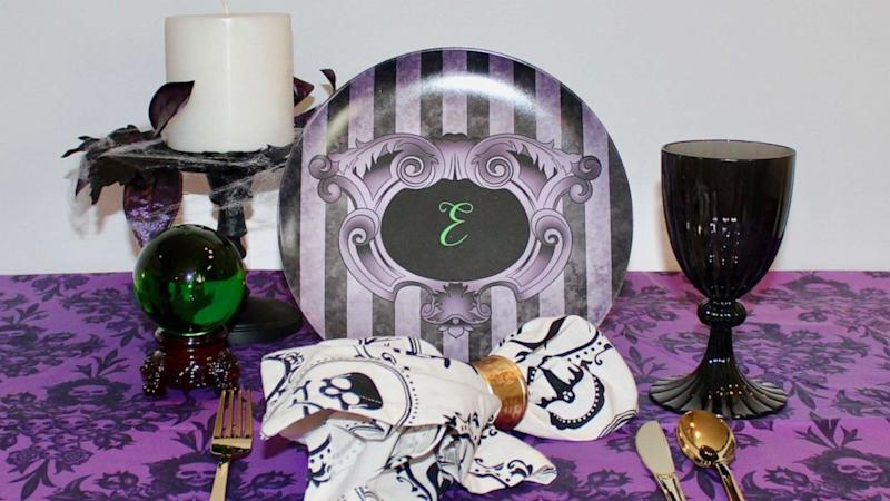 Start planning an epic Halloween party with these tips from a celebrity party planner